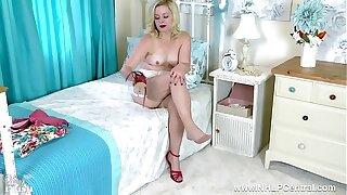 Blonde wanks in vintage bra and nylons